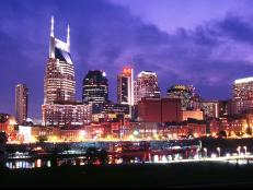 travelguide_nashville_skyline