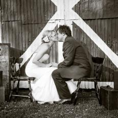 countryweddings_eliyoungband_mikeandkacey1_h
