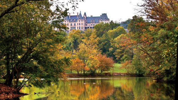 Viewing Fall Colors at Biltmore Estate in Asheville, NC