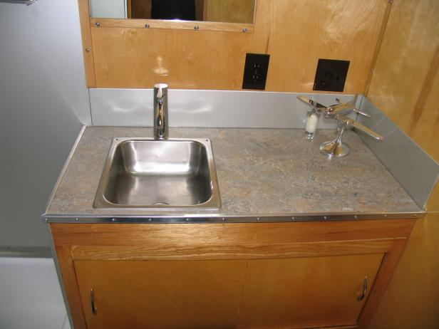 Rv Countertop Options : Vintage Spartanette Tandem RV Camper Gets Marmoleum Counter Tops
